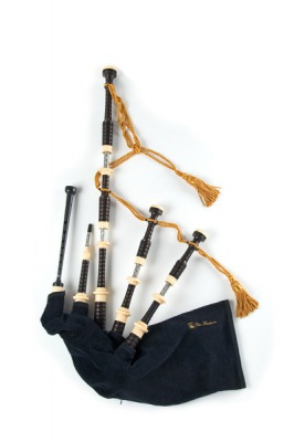 Great Highland Bagpipe - P. Henderson Mod.00 Engraved Nickel